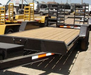 TRUCK BODY, TRAILER, BUS, RV